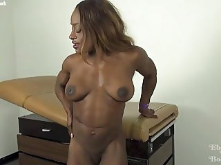 Ebony Muscle Goddess Ashley Starr