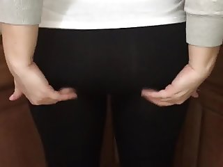 Anonymous Pawg in the kitchen wearing Yoga Pants (quickie)