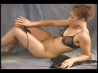 Light Skin Ebony Nude Model Photoshoot