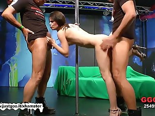 Beautiful Skinny MILF Susana takes it deep in the Ass - GGG