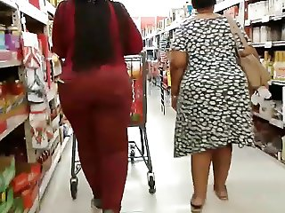 Milf & Granny Thick Booty