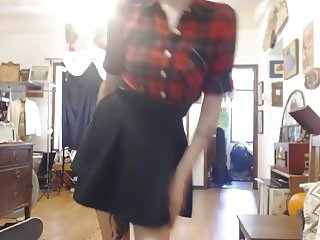 Alt Girl Does a Little Dance