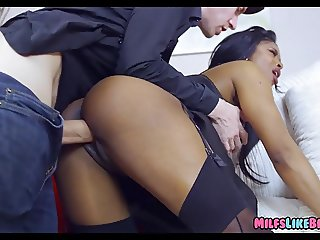 Black MILF gets Pounded by Big White Cock