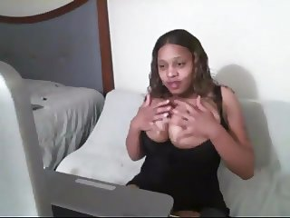 Huge Boobs Ebony does Cam Show