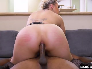Big Tits Pornstar Nina Kayy Makes It To Ass Parade For Anal Sex (ap15879)