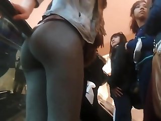 SPYING ON Tight College Teen ass in grey leggings