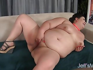 Sexy Plumper Gets Her Fat Cunt Fucked All Over the Place