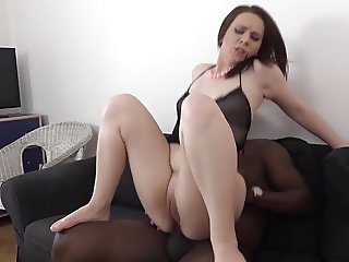 Interracial Porn Hot Milf gets anal - pussy fucked big cock