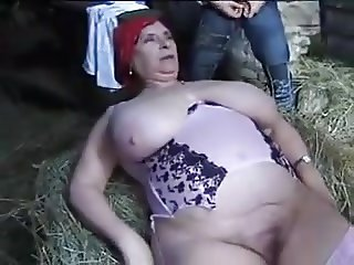FRENCH BBW GRANNY OLGA FUCKED BY 2 MEN IN THE FARM