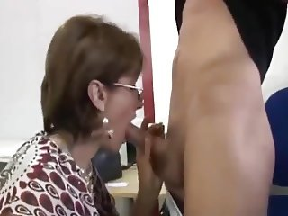 British MILF Asks If He Can Fix It Quickly