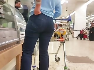 Gilf Pawg In Jeans.