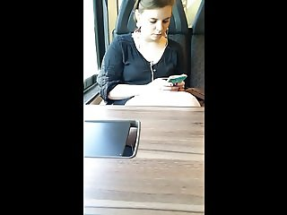 girl in front of me on the train