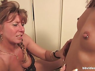 German lesbians playing with their pussies