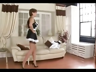 British MILF Is A Dirty Maid