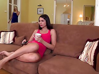 Fit to Fuck Glamour lesbians go Wild for Orgasms