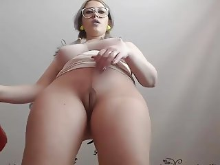 prettylady13 pantyhose dildo and squirt