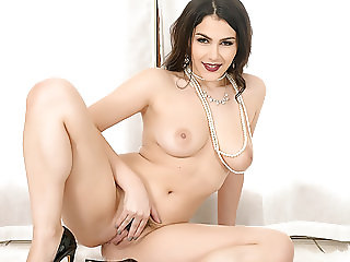 Valentina Nappi strip down and play with her pussy