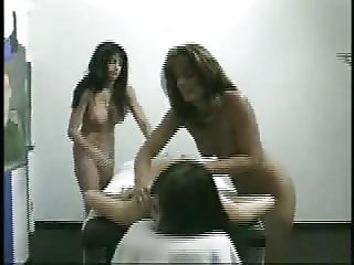 MASSAGE FRIENDS 4