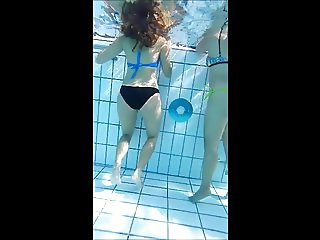 super sexy frenvh  young  butt at pool