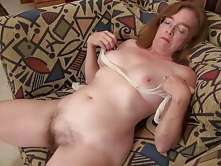 American gilf Melody Garner teases us with her unshaven cunt