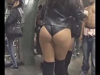 Profound Candid Latina Ass at Union Square