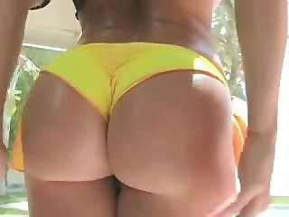 Good ass n tight pussy