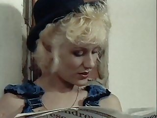 COME ON EILEEN - vintage 80's British blonde in fishnets