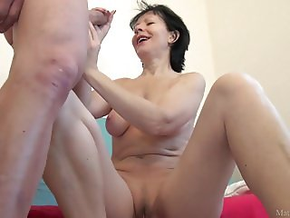 Mom and student sex