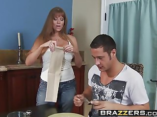 Brazzers - Mommy Got Boobs -  Don't Cum on my Sheets scene s