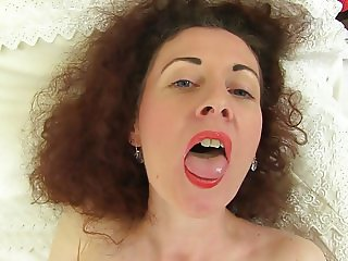 Mature British skinny mom Scarlet with hungry cunt