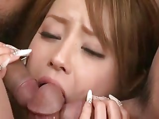 hot asian young babe gets her cunt filled with threesome