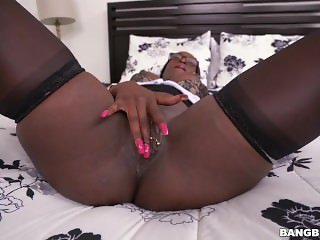 Vickie Starxxx Introducing To Porno Dick