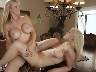 Alexis Fawx, Kylie Page Are Having Sex