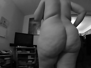 BBW Sex in the living room