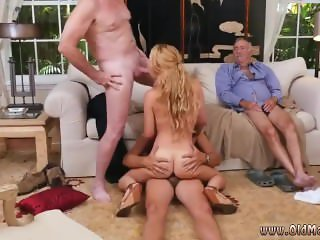 Old man cums in girl Frannkie And The Gang