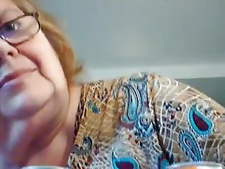 grandma suck toy without teeth