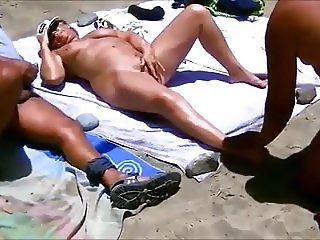 Beach Sex 4.mp4