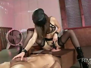 Riley Reid Dominatrix