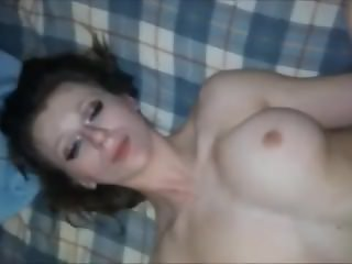 Amateur Teen Loves Anal And Squirting (HUUU)
