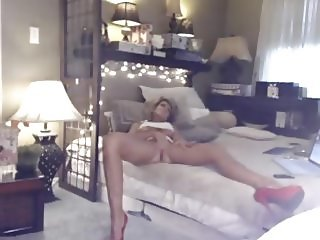 Smoking Hot Ass Milf