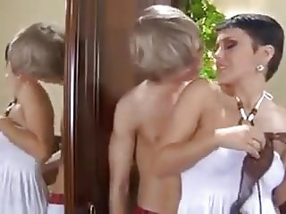 Milf wanna fuck with young guy