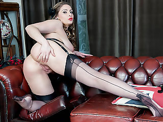 Natural big tits brunette Sophia Delane wanks in nylon heels