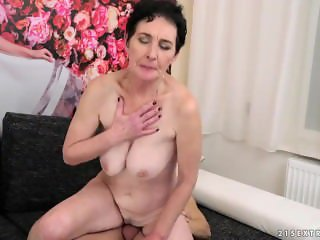 Mature Step Mom Fucking A Younger Guy