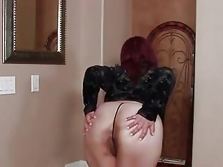 HAIRY BBW PUSSY IS A SEXY TREAT AS SHE PLAYS SOLO