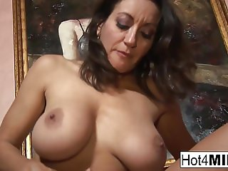 big tits wants a facial