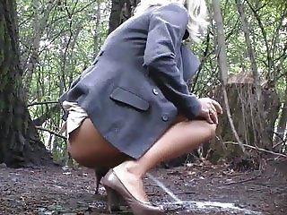 Gorgeous Blonde Peeing