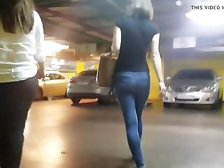 nice russian ass go to the parking
