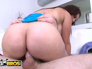 BANGBROS - Latina Cuban Big Ass MILF Carmen Ross Gets Fucked