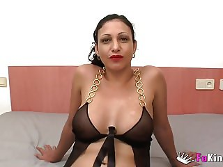Luci Felina is the one who fucks the men