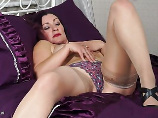 Mature British MILF wants your cock now